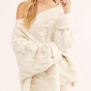 "ISO!! FREE PEOPLE ""Sway with me"" oversized sweater"